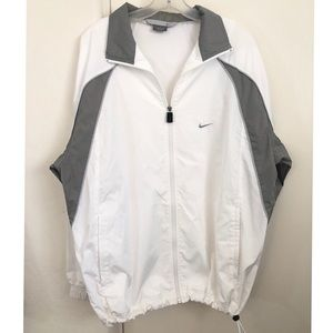 Men's NIKE Windbreaker w/ drawstring